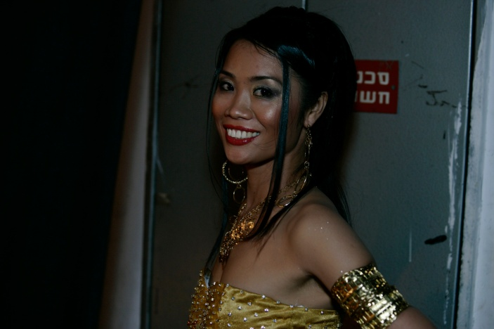 The Queen. Winner of the guest workers beauty contest / Tel-aviv 2006